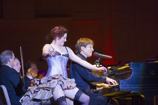 Amanda Palmer performs with Keith Lockhart and the Boston Pops, June 19, 2009 (Michael J. Lutch)